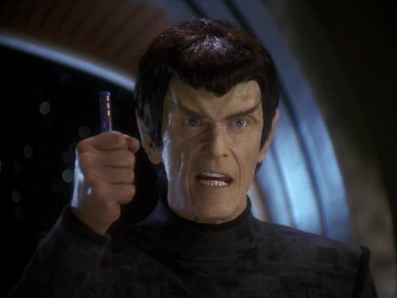 Romulan Senator Vreenak confronts Sisko about his deception