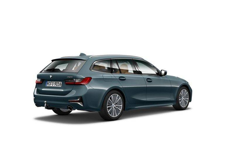 BMW 3 Serie Touring 318i High Executive Luxury Line afbeelding 2