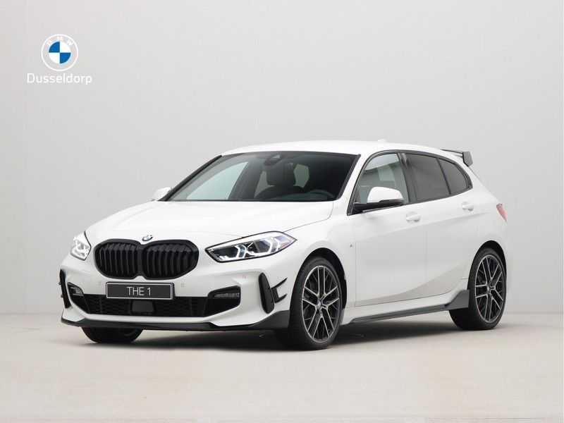 BMW 1 Serie 5-deurs 118i Executive Edition M-Performance Automaat afbeelding 1