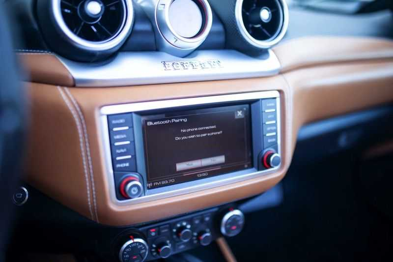 """Ferrari California 3.9 T HELE *Rosso California / Regelb. Sportuitlaat / 20"""" / 2-Tone* afbeelding 7"""