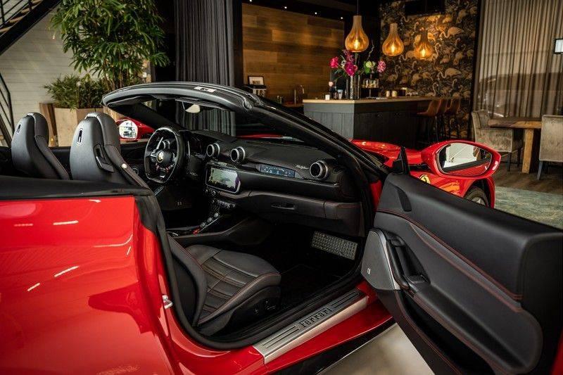Ferrari Portofino 3.9 V8 HELE   TwoTone Exclusive   Carbon   Passengerdisplay   Memory   Sportstoelen afbeelding 25