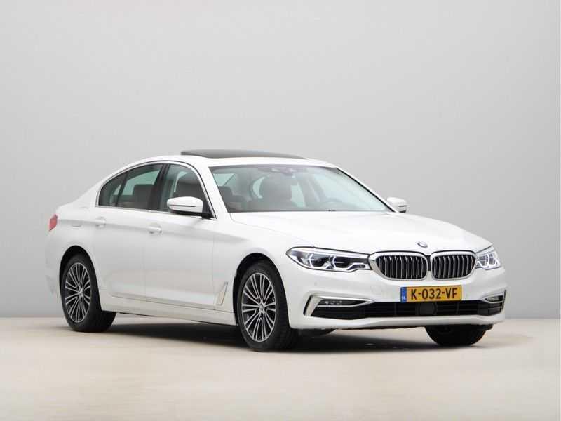 BMW 5 Serie 520d Luxury Line High Executive afbeelding 3