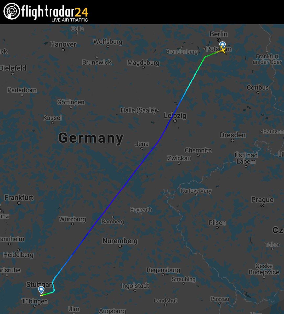 Geflogene Route laut Flightradar24 - beide Routen sind beinahe deckungsgleich