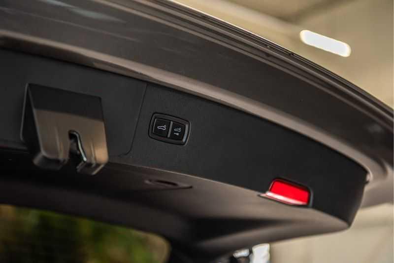 Porsche Cayenne 2.9 S | Sport design Pakket | NP 202.000,- | Panorama | BOSE | Head-Up Display | Innodrive | Trekhaak afbeelding 3