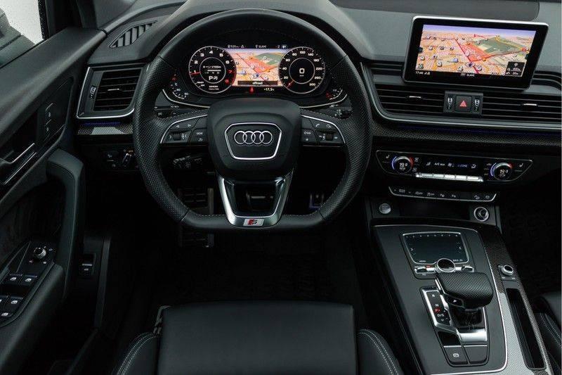 Audi Q5 2.0 TFSI 252pk Quattro Black Edition Luchtvering Panoramadak ACC Valconaleder VirtualCockpit Carbon Matrix Keyless DriveSelect Navi/MMI/Touch Camera ParkAssist Pdc afbeelding 3