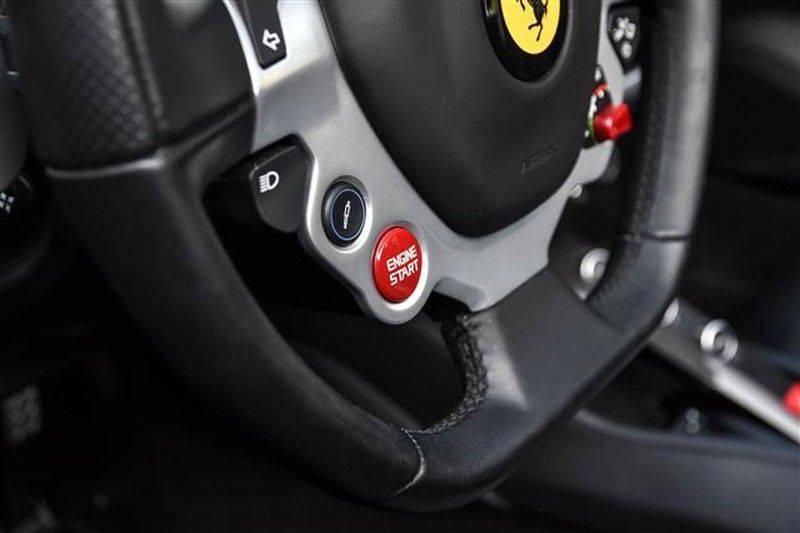 Ferrari California T HELE CARBON+DAYT.STOELEN NP.289K (15.DKM) afbeelding 8