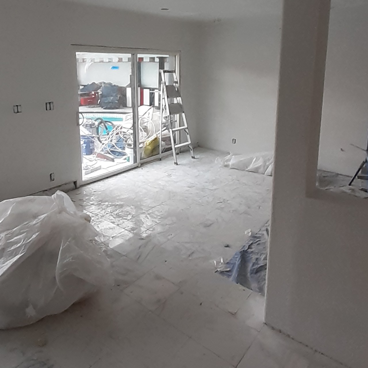 remodeling-living-room-interior--fixing-16