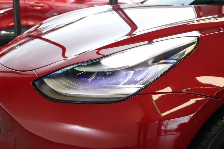 "Tesla Model 3 Long Range   prijs ex.btw 45950,-   FSD! Rood Zwart Navigatie 18""LM 4% Bijtelling Privacy glas 351 PK! afbeelding 5"