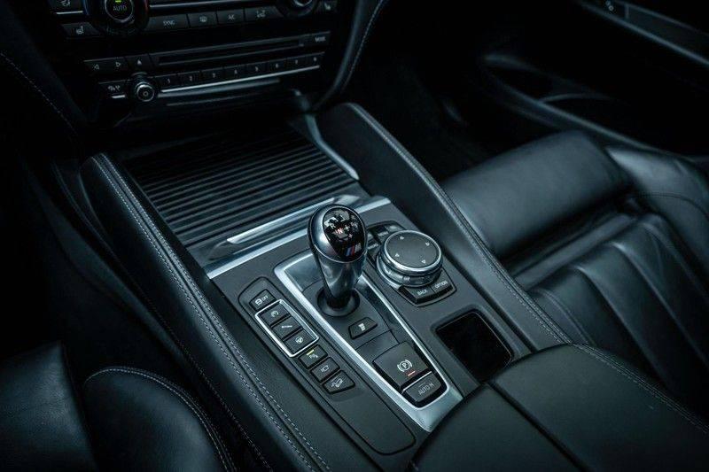 BMW X5 M, 575 PK, Pano/Dak, Leder Merino, Head/Up, Keyless, Soft/Close, Harman/Kardon, Surround View, LED, 22'' Breyton RS, 2016!! afbeelding 12