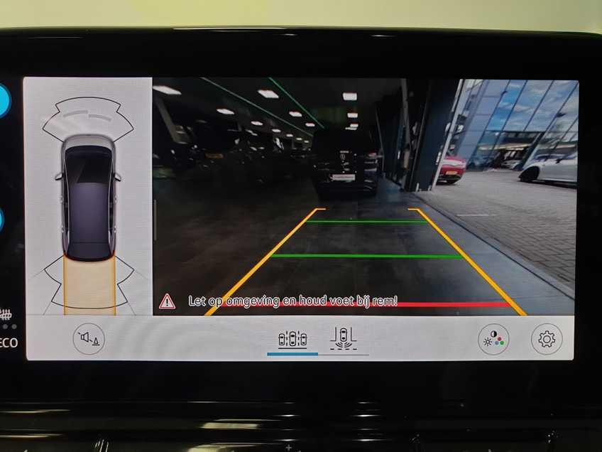 """Volkswagen ID.3 First Max 8% Bijtelling 20""""LM Panorama Massagestoelen afbeelding 12"""