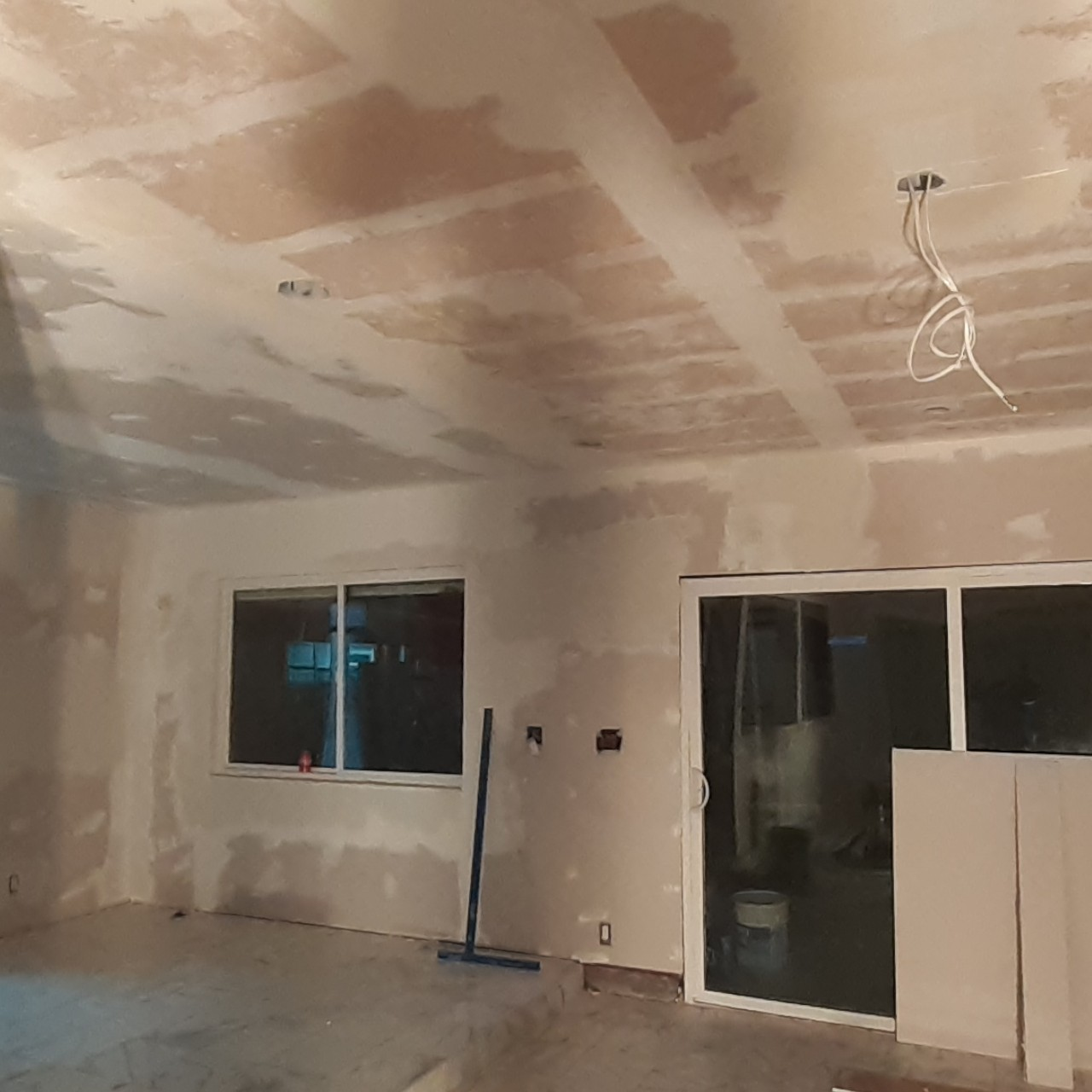 remodeling-living-room-interior--fixing-07