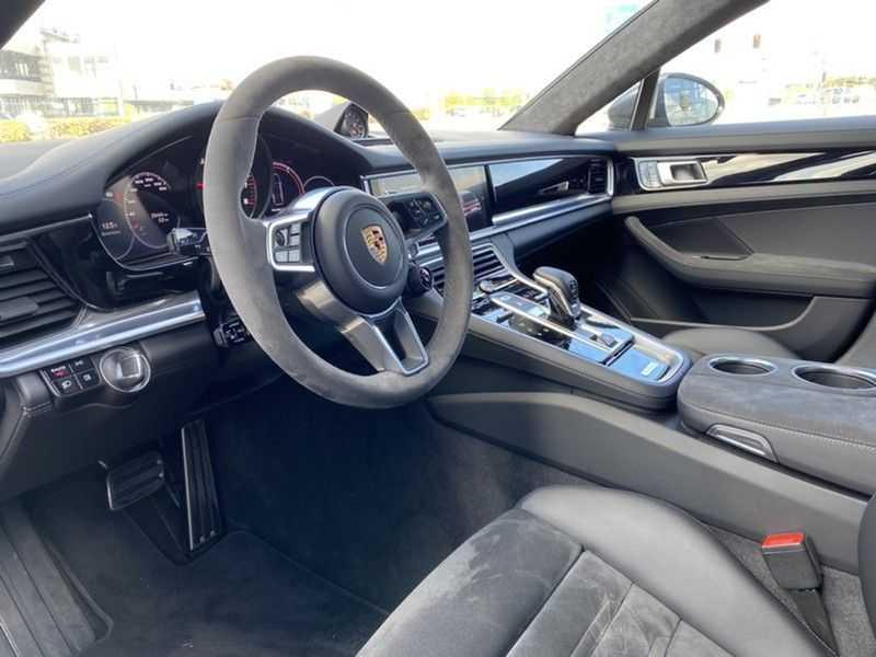 Porsche Panamera GTS Sport Turismo 4.0 | BOSE | Panorama | Alcantara | Comforttoegang | PDLS | PASM afbeelding 3