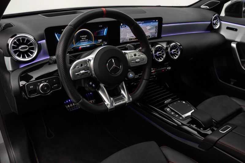 "Mercedes-Benz A-Klasse Limousine A35 AMG 306pk 4Matic Panoramadak Nightpakket Schaalstoelen Multibeam Head-Up Widescreen Burmester AmbientLight SuperSportStuur ComandOnline Full-Led 19"" Parktronic 360Camera Pdc afbeelding 16"