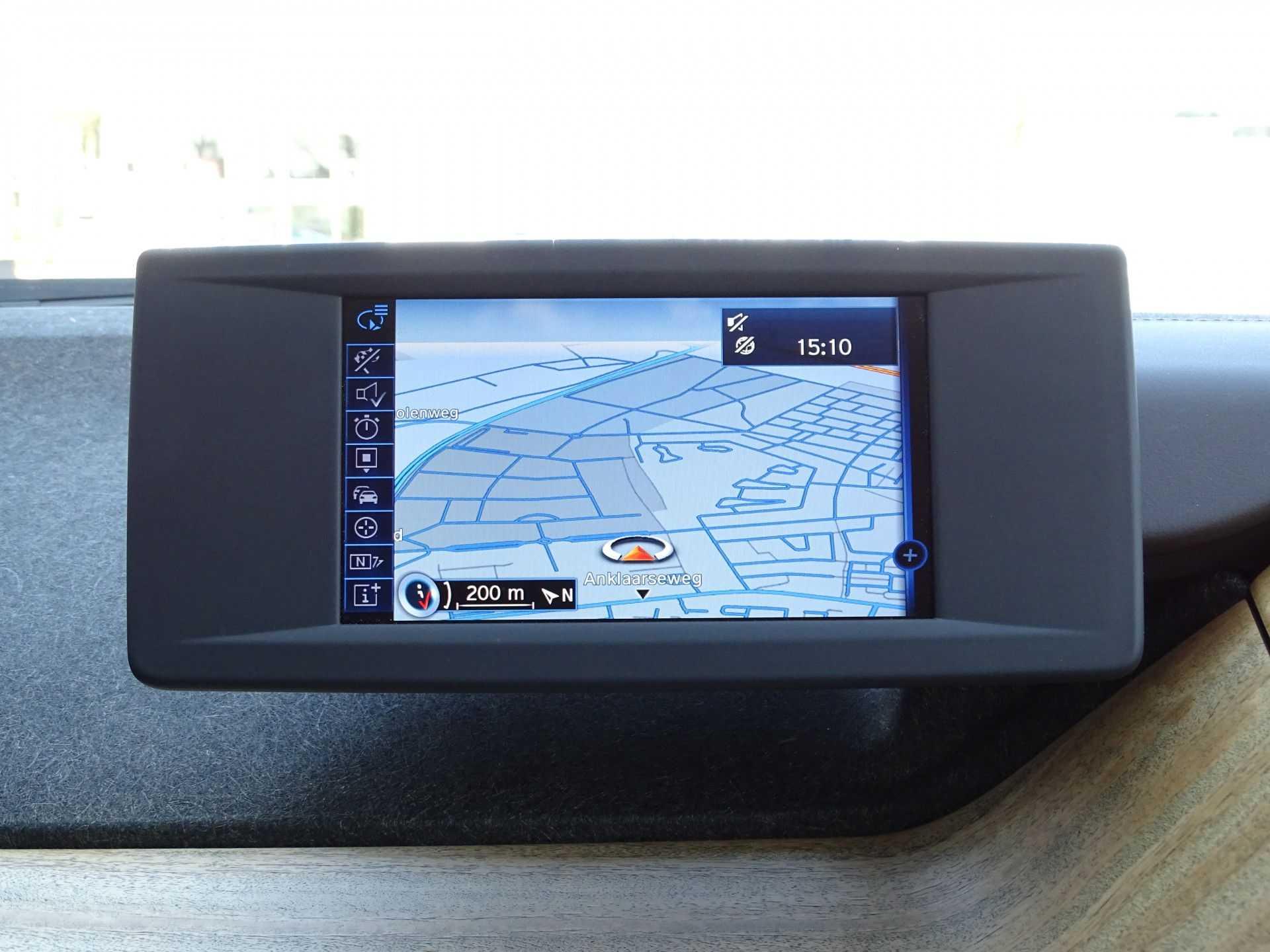 BMW i3 Basis Comfort Advance 22 kWh Marge Warmtepomp Navigatie Clima Cruise Panorama afbeelding 5