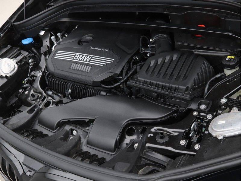 BMW X1 xDrive20i M Sport High Executive afbeelding 4