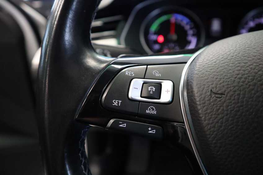 "Volkswagen Passat Variant 1.4 TSI GTE Highline Ex BTW! AD Cruise LED Leder 360 Camera HUD 20""LM afbeelding 4"