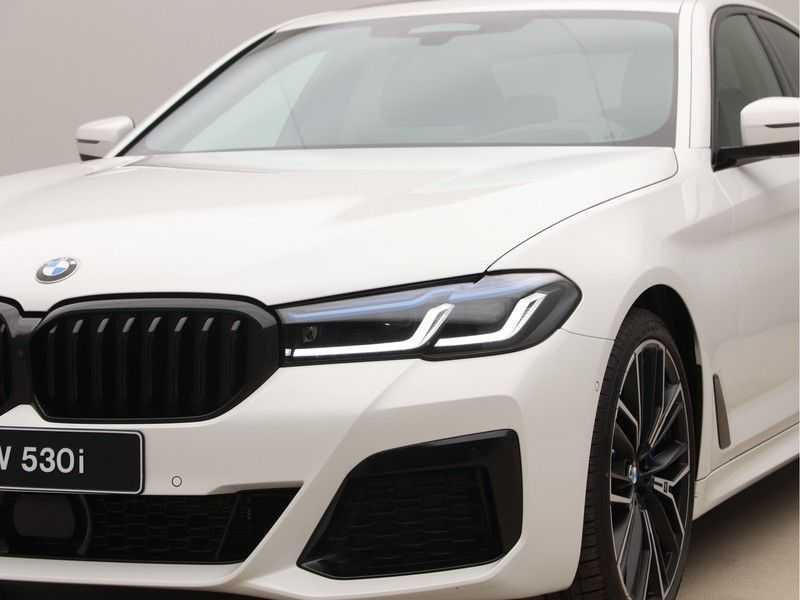 BMW 5 Serie 530i High Exe M-Sport LCI afbeelding 23