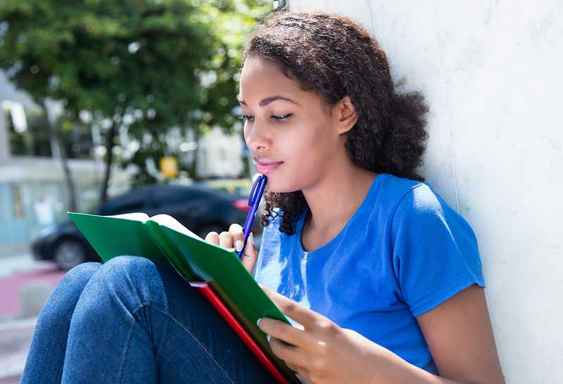 Study Tips: How to Snack and Study