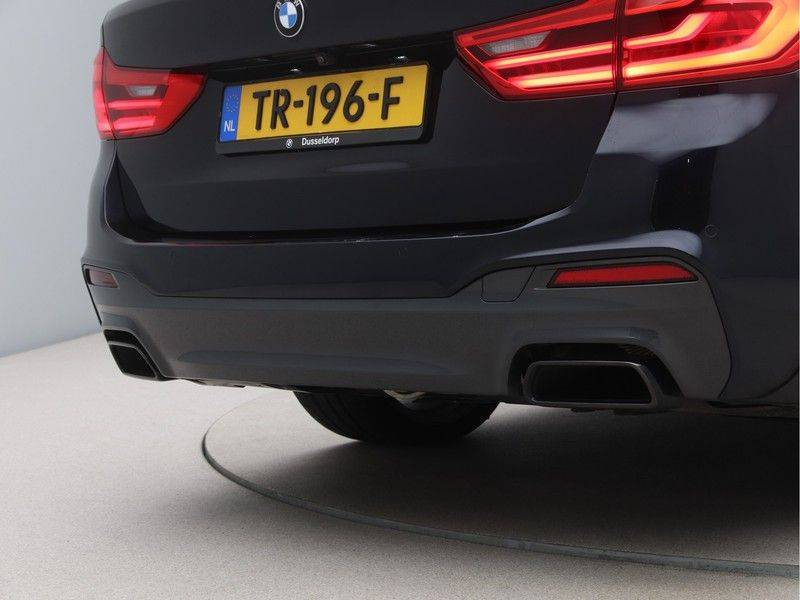 BMW 5 Serie M550xd Touring High Exe, full option ! afbeelding 21