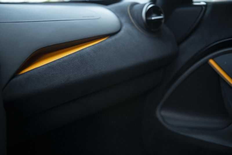 McLaren 720S 4.0 V8 Performance BTW + CF INTERIOR + LIFTING + SOFT CLOSE afbeelding 11