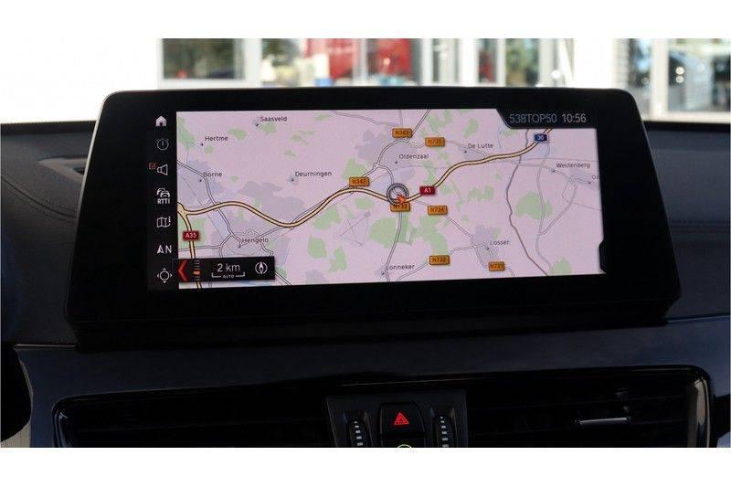 BMW X1 xDrive20i High Executive M Sport Panoramadak, Head Up Display, Trekhaak afbeelding 10