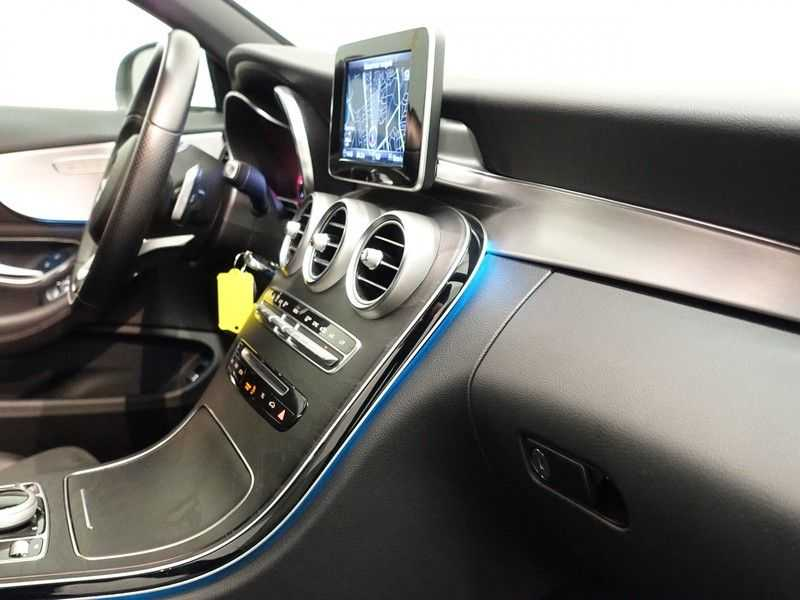 Mercedes-Benz C-Klasse Cabrio 180 Ultimate AMG Edition Aut- Leer, Navi, Led, LMV , 40dkm ! afbeelding 7