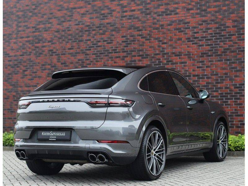 Porsche Cayenne Coupé 3.0 E-Hybrid *Sport Design*Pano*Soft-Close* afbeelding 7