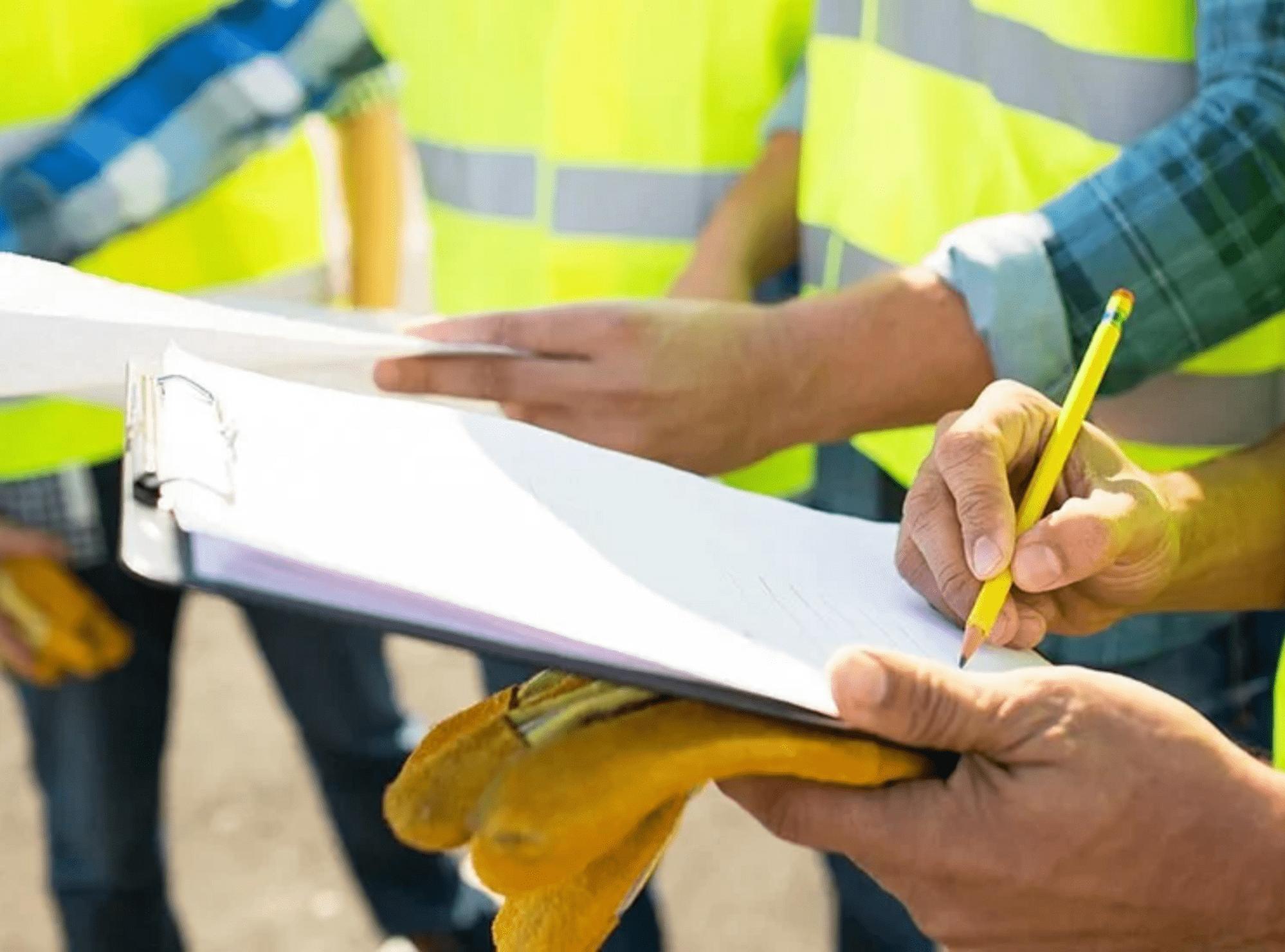 Accruent - Resources - White Papers - 6 Strategies to Establish a World-Class Preventive Maintenance Program - Hero