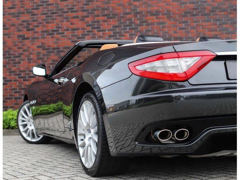 Maserati GranCabrio 4.7S *Grigio Maratta*Bose*Nieuwstaat!* afbeelding 4