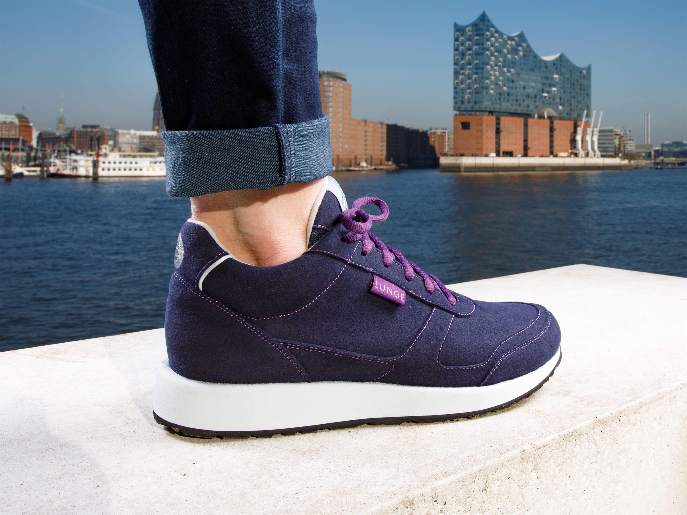 Classic Walk W (Navy / Light Grey)