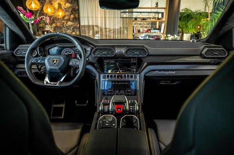 Lamborghini Urus 4.0 V8   Carbon interieur   Carbon exterieur   B&O 3D   Head-Up Display   Panorama   Massage   Ventilatie afbeelding 24