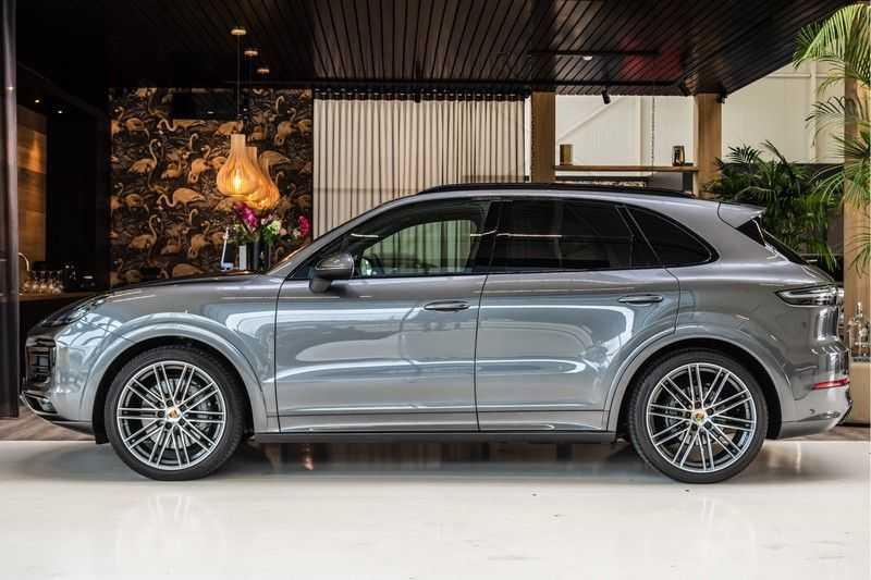Porsche Cayenne 2.9 S | Sport design Pakket | NP 202.000,- | Panorama | BOSE | Head-Up Display | Innodrive | Trekhaak afbeelding 4