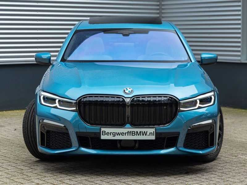 BMW 7 Serie 745Le xDrive Individual ''Maldives Blue'' - Full Option afbeelding 12
