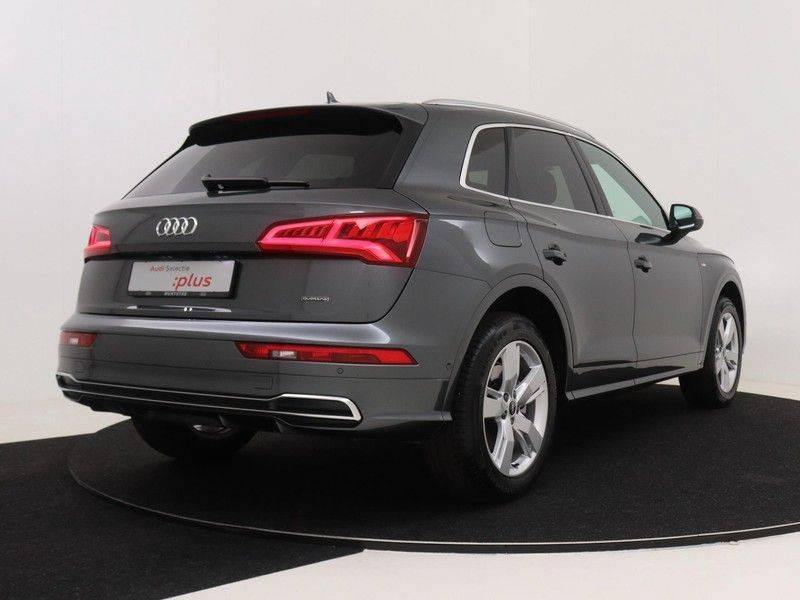 Audi Q5 50 TFSI e 299 pk quattro S edition   S-Line  Matrix LED koplampen   Assistentiepakket City/Parking   360* Camera   Trekhaak wegklapbaar   Elektrisch verstelbare/verwambare voorstoelen   Verlengde fabrieksgarantie afbeelding 5