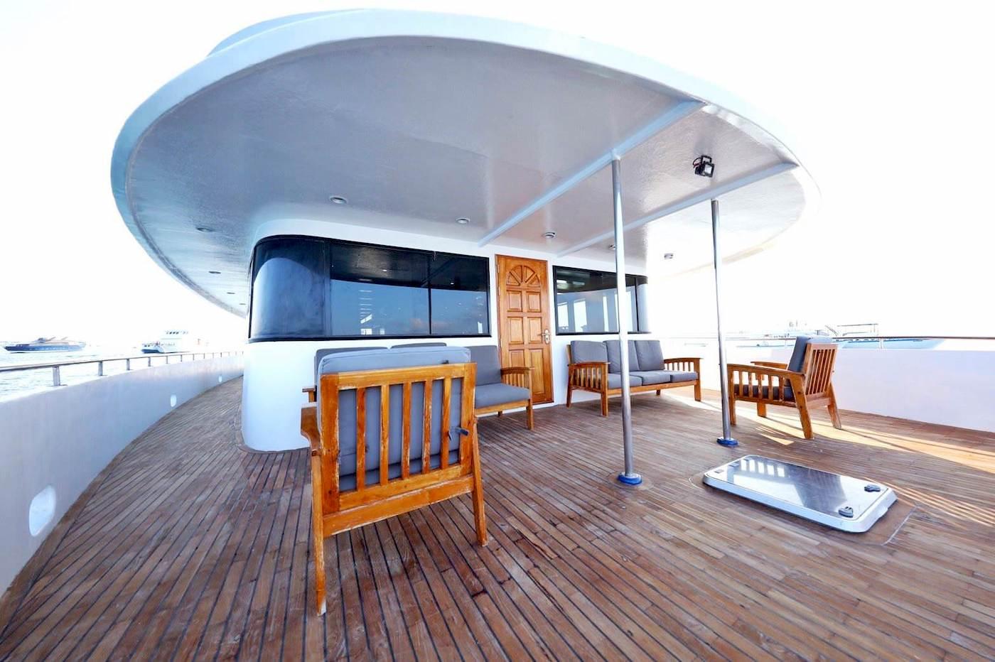 Maldives Legend 1 Surfcharter Boat Trips Deck