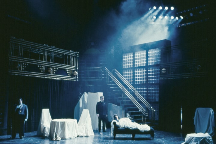 """Robert Thomson's lighting design for the production of """"Lulu"""" at Shaw Festival"""