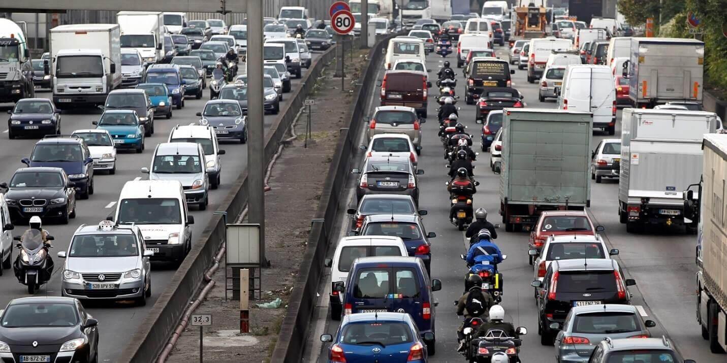 motorcycles lane-splitting in traffic