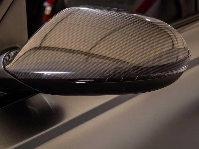 Audi A6 Avant 4.0 TFSI RS6 quattro perfomance | Dynamiekpakket plus | Carbon Optiek | B&O advanced | RS-sportuitlaat | DAB+ | Head-up display | Alcantara Hemel | Pano dak | Nachtzicht | afbeelding 9