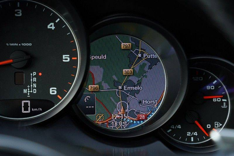 "Porsche Cayenne 3.0 D Facelift Luchtv. Pano Bose Sportchrono 21"" afbeelding 20"