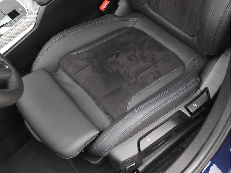 BMW 3 Serie 320i Exe M-Sport Aut. afbeelding 13