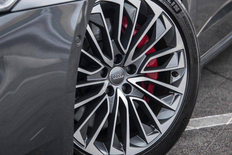 Audi A7 Sportback 55 TFSI e 367 pk Quattro Competition | Verlengde garantie | 2 x S-Line | Nachtzicht-assistent | panorama dak | Head-up display | Trekhaak | 360 camera | Stoelverwarming vóór en achter | afbeelding 5