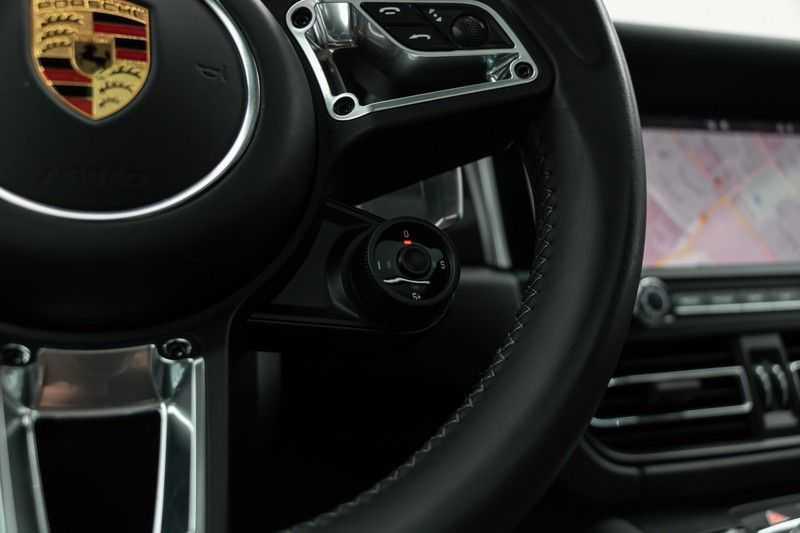 "Porsche Macan 3.0 S 354pk PDK Black Design Nieuw Model Luchtvering Panoramadak SportChrono ACC Sportleder+Memory Keyless Full-Led Navi/High Privatglass AppleCarplay 21""Turbo Pdc afbeelding 10"
