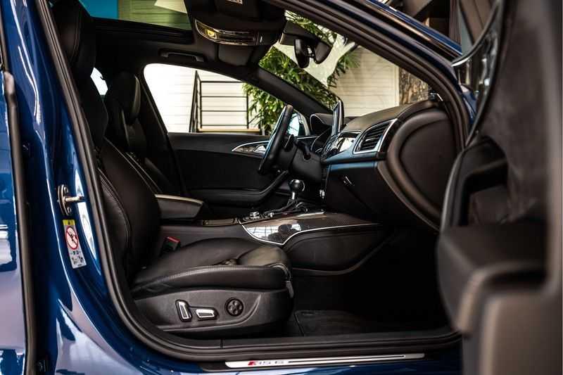 Audi RS6 Avant 4.0 TFSI quattro Performance   Ceramic   B&O   Head-up Display   Panorama   Milltek uitlaatsysteem afbeelding 22