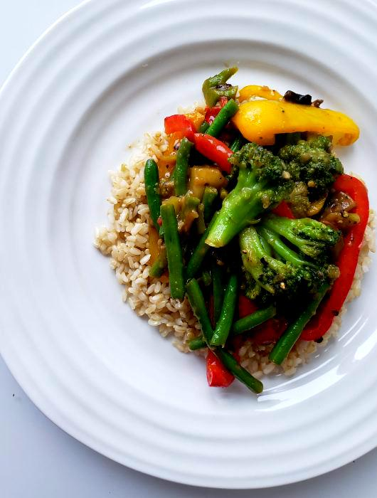 Vegetable Stir-Fry with Brown Rice