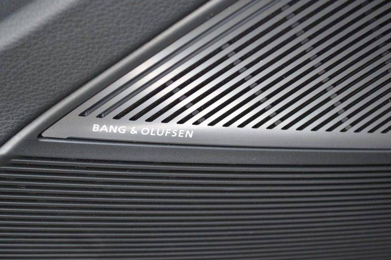 Audi Q8 55 TFSI S-Line / Massage / HuD / B&O Advanced afbeelding 14