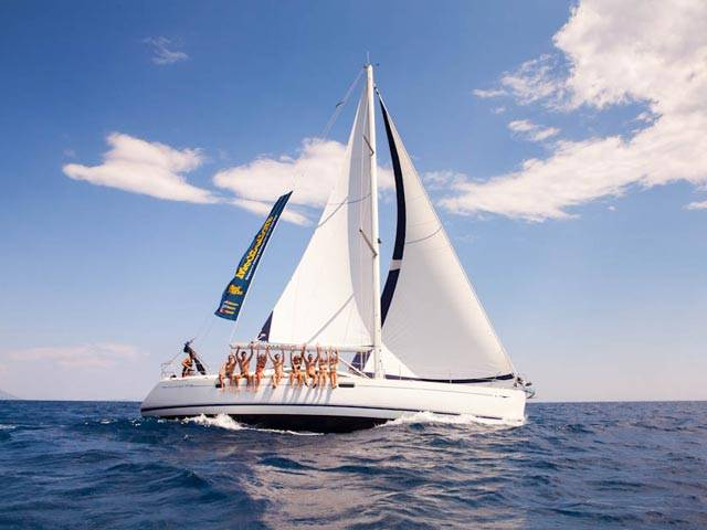 Looking for adventure? Try sailing in Greece!