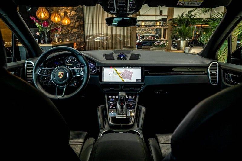 Porsche Cayenne 3.0 E-Hybrid   Panorama   Memory   360 gradencamera   Sport Chrono   DAB afbeelding 22