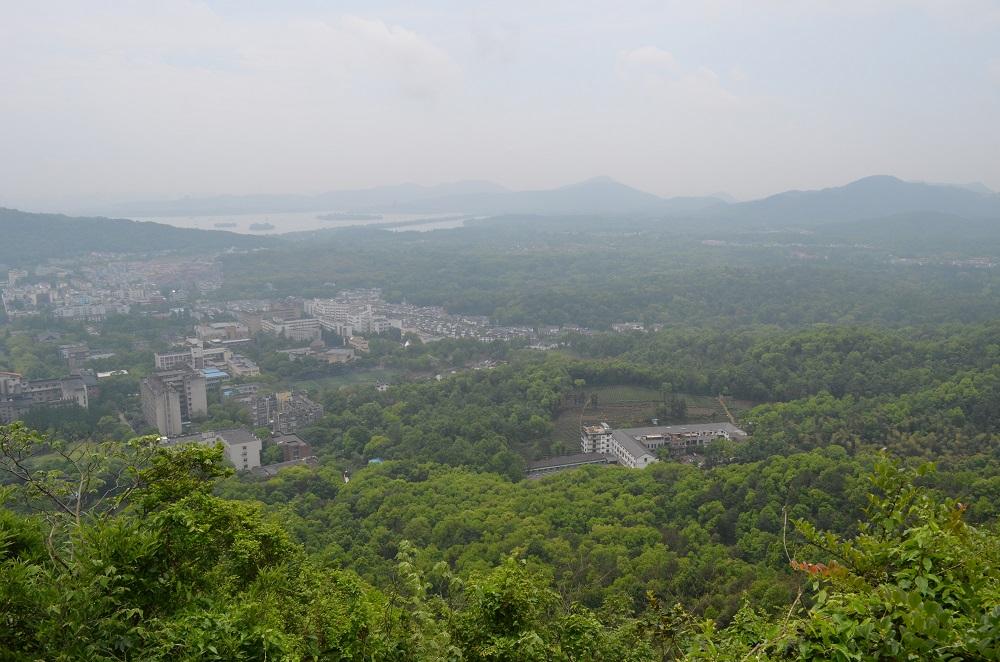 Blick über das Gebiet um den Campus.