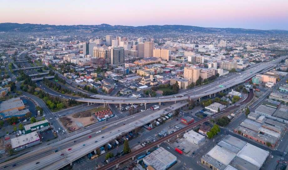 Oakland_Wide_Angle