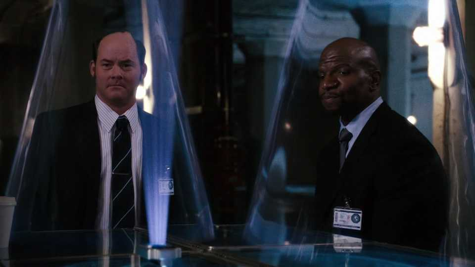 David Koechner and Terry Crews in Get Smart